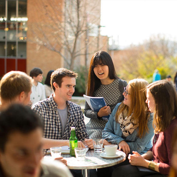 Đại học Tasmania (UTAS) tự hào là trường đại học lâu đời nhất nước Úc.